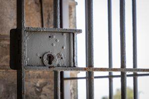 Tips - bezoek de gevangenen